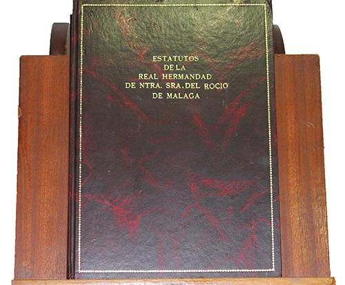 Libro de Estatutos de la Real Hermandad de Nunestra Señora del Rocío de Málaga