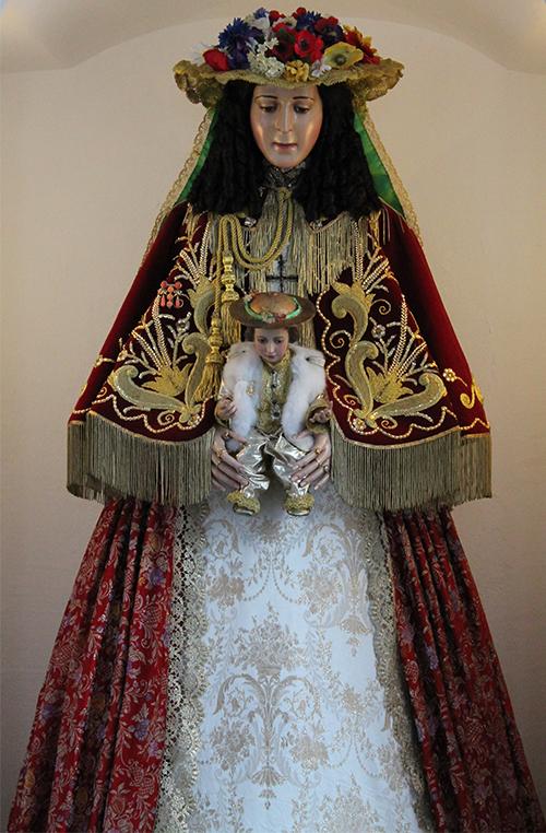 Talla de la Virgen